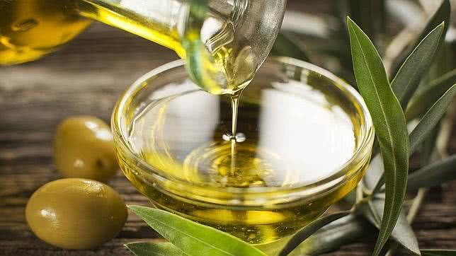 El aceite de oliva ayuda a estimular la vesícula biliar